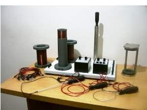 Электромагнитная индукция. Индуктивность и емкость в контуре переменного тока, ФДЭ-003м